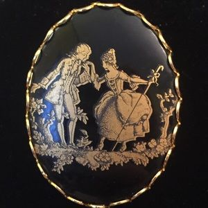 Jewelry - Victorian Courting Couple Brooch E005